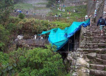 Build new avenue for the decongestion of the entrance and exit to the archaeological site of Machu Picchu
