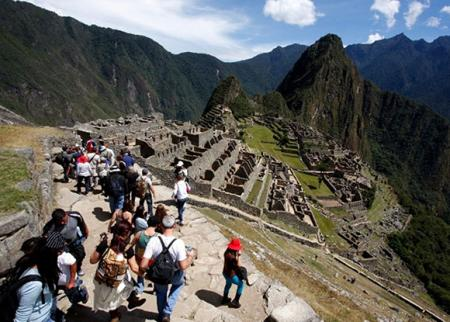 Machu Picchu receives more than 25% of its daily capacity